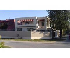 1 Kanal House DHA Lahore for rent location is good
