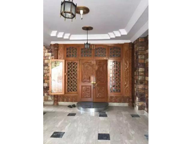 House F-7/2 Islamabad for sale in good amount