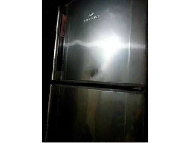 Dawlance fridge for sale in good amount and condition