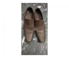 Brown boot size 9 for sale in good amount