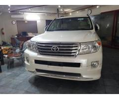 Toyota Land Cruiser for sale in good amount and also good condition