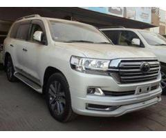 Toyota Land Cruiser 2016 For sale in good amount