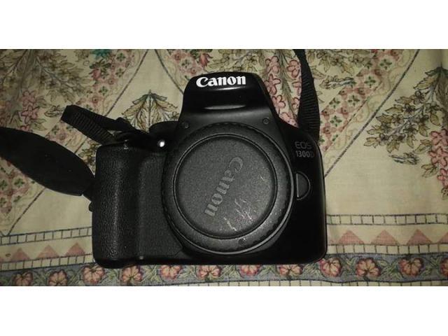 Canon 1300d 2 memory cards 16gb 2 battery Big bag Lence