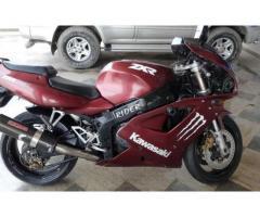 Kawasaki ZXR 750 cc Heavy Bike Stylish Bike For Sale in Gujranwala