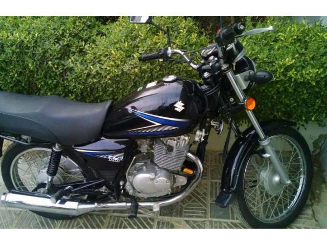 Suzuki Gs 150 cc Bike Black color Good Condition For Sale