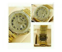 Rolex Daytona Gold Watch In Latest Designs  Cash On Delivery