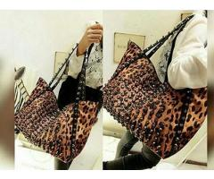 Ladies Handbags With Cheeta Print ,  Delivery Available