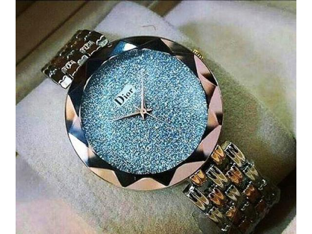 Dior Glitter Watch With Blue Dial In Just 1900 With Free Home Delivery